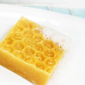 DIY-HONEYCOMB SOAP MAKING KIT